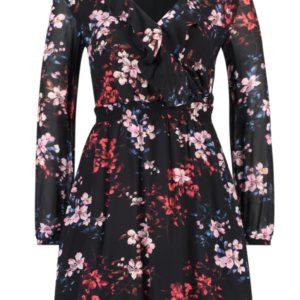 Zwarte jurk met vele fleurige bloemen. Maten vallen ruimer.